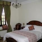chateau-des-etoiles-bedroom1