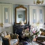 chateau-des-etoiles-family-room